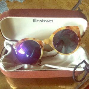 "Illesteva ""Palm Beach"" sunglasses"